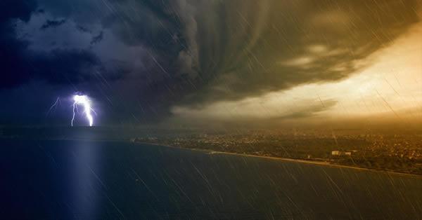 09-17-17-God-in-the-Storm-Hurricane-Irma